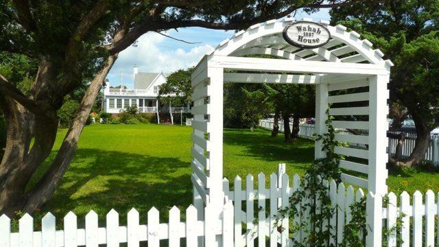 ocracoke style wahab house